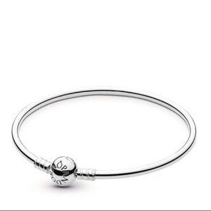 Sterling Silver Bangle Bracelet 6.7 (SMALL)